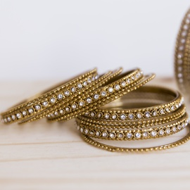 SET OF BRACELETS GOLD